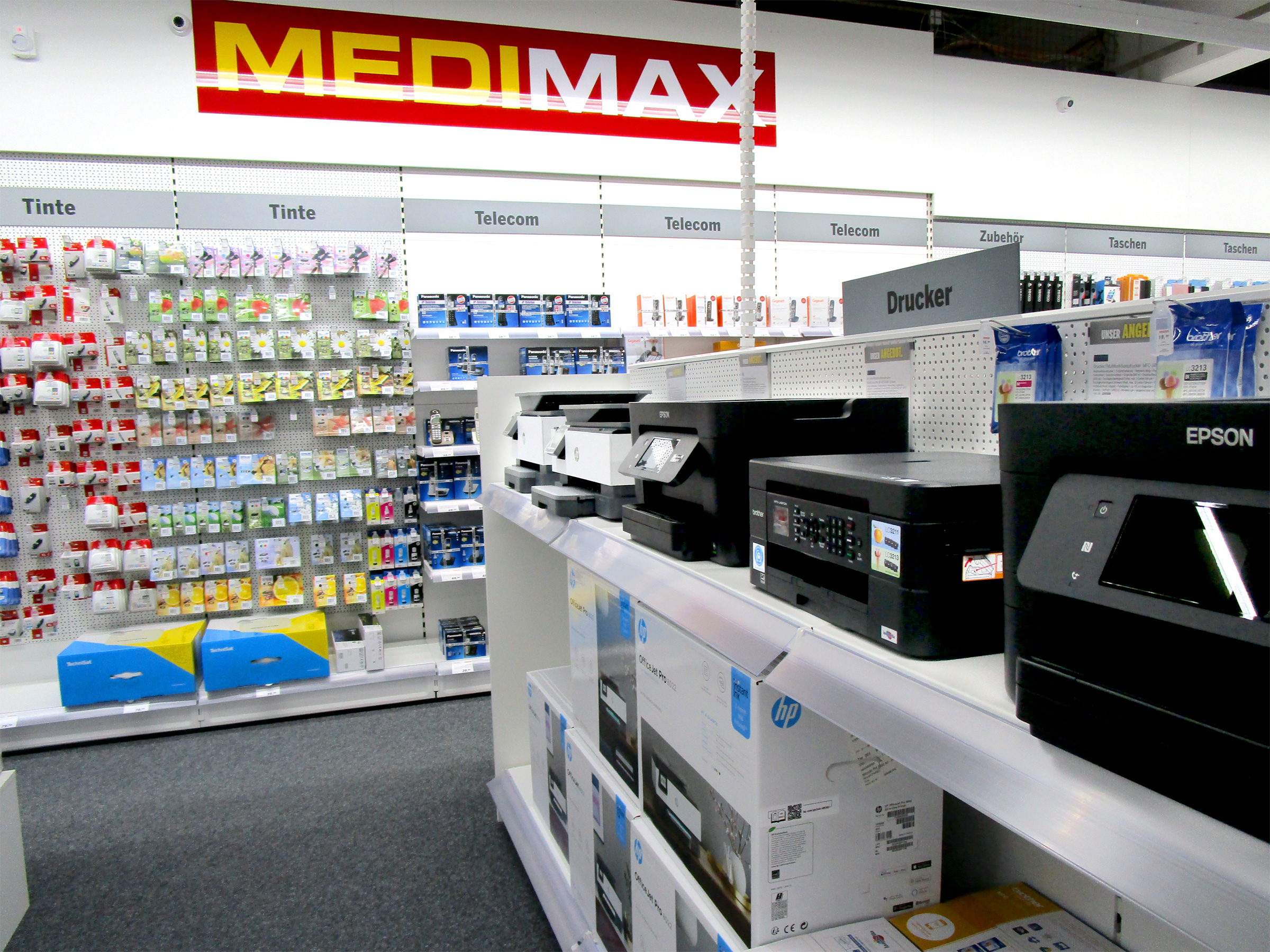 Medimax_3297_202005