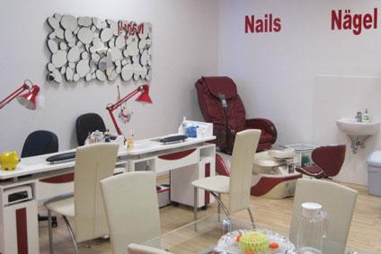 nails-palace-03