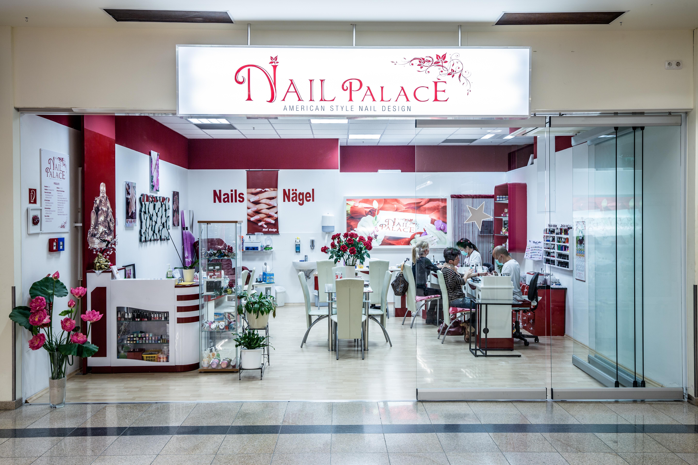Nail Palace1
